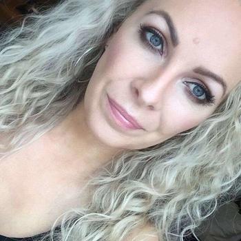Frau 41 jahre aus Karlsruhe sucht sex treffen mit Mann