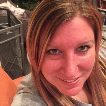 jeannyhot, Frau 40 jahre alt sucht einen Mann