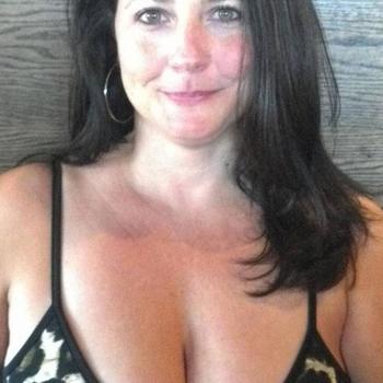 wibke, Frau 40 jahre alt sucht einen Mann
