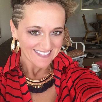 belomore, Frau 46 jahre alt sucht einen Mann