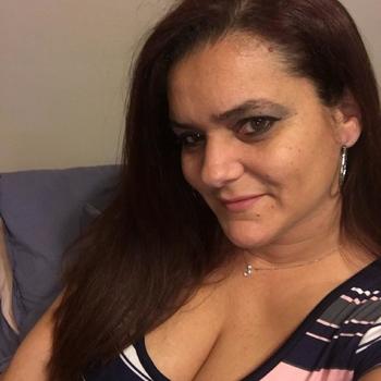 Gefühlvoll, Frau 42 jahre alt sucht einen Mann