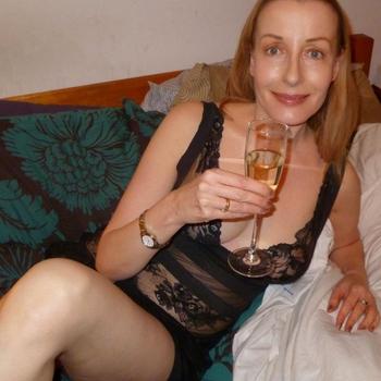 LadyMarlene, Frau 44 jahre alt sucht einen Mann