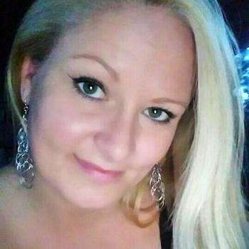Lorelie, Frau 42 jahre alt sucht einen Mann